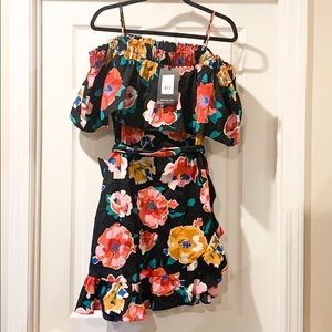 OTS Tie Front Ruffle Dress w. Adjustable Straps